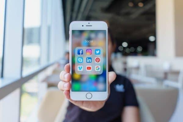 Médias sociaux pour entreprise BJMédia